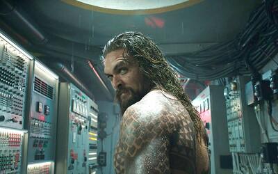 Aquaman sa v akčnej a strhujúcej ukážke chystá zasadnúť na trón Atlantídy a odvrátiť katastrofickú vojnu s ľuďmi