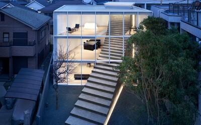 Architektúra nemá limity. V Japonsku navrhli dom, skrz ktorý vedie schodisko až do záhrady