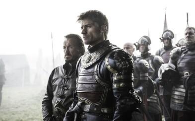 Armáda Lannisterů je připravena bojovat na fotkách z placu zřejmě největší bitvy seriálu Game of Thrones