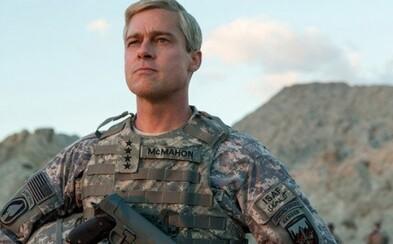 Armádní generál Brad Pitt září v satirickém traileru k válečnému filmu War Machine odehrávajícímu se v Afghánistánu