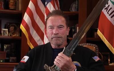 Arnold Schwarzenegger tvrdí, že Trump je najhorším prezidentom v dejinách. Dav útočiaci na Kapitol prirovnal k nacistom
