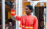 A$AP Rocky odhalil v živém vysílání očekávané tenisky ve spolupráci s Under Armour