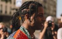 A$AP Rocky sa kvôli svojmu bláznivému spôsobu života dostal na psychiatriu v novom videoklipe