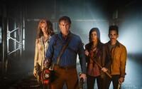 Ash sa vracia zabíjať démonov. 2. séria hororovej komédie prichádza s prvým trailerom a hektolitrami krvi