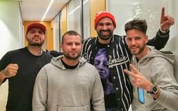 Attila Végh aj Gleb sú hostia na albume Kontrafaktu. Rytmus a Ego postupne odhaľujú tracklist