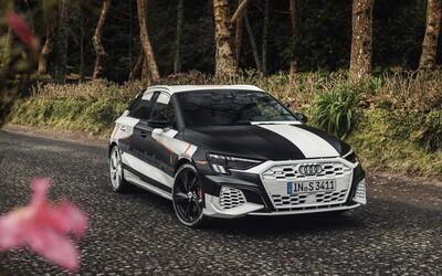 Audi poodhaľuje novú A3-ku. Prísne tvarovaný hatchback ponúkne v ostrej verzii cez 300 koní