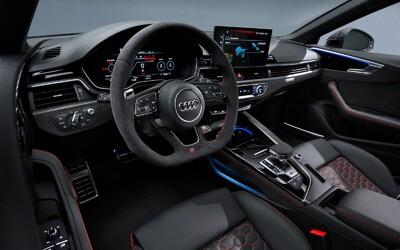 Audi zavŕšilo tohtoročný útok športových počinov novým RS5 a RS5 Sportback