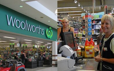 Austrálčania napádajú predavačky, lebo začal platiť zákaz používania plastových tašiek. Jednu dokonca chytili pod krk