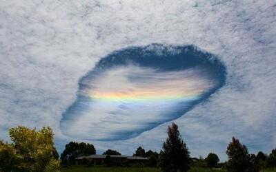 Austrálsku oblohu nedávno ovládol vzácny a nádherný meteorologický jav
