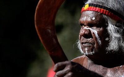 Australští Aboridžinci jsou nejstarší přežívající lidskou kulturou na Zemi. Zajímavá studie tě seznámí s jejich migrací i oddělováním