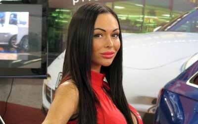 Autosalón Bratislava 2014: hosteskovský špeciál