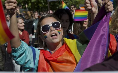 Až 6 z 10 LGBTI ľudí sa bojí na verejnosti držať sa za ruky, ukázala najväčšia európska štúdia