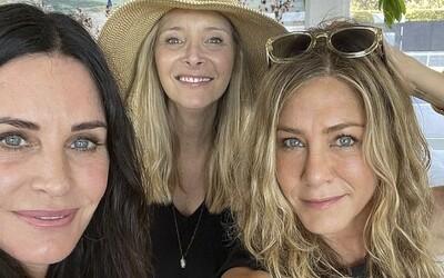 Nerozlučné priateľky: herečky, ktoré v Priateľoch hrali Monicu, Rachel a Phoebe, oslavovali Deň nezávislosti