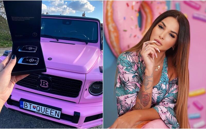 Nový Mercedes Zuzany Plačkovej za približne 200-tisíc eur je už hotový. Nechala si ho nafarbiť naružovo.
