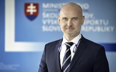 Minister školstva Gröhling: Moja práca nie je podľa minulých pravidiel plagiát, ale som pripravený na následky.