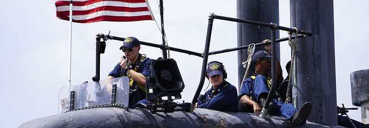 Americký inženýr čelí obvinění ze špionáže. Informace o nukleárních ponorkách chtěl vynést v sendviči s burákovým máslem