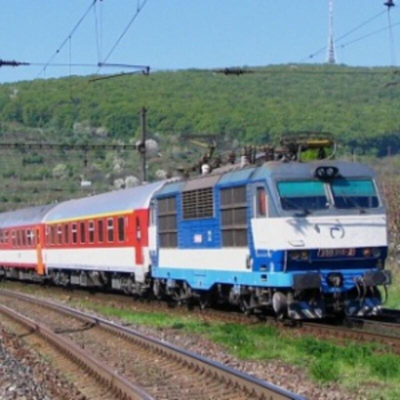 Na niektorých slovenských tratiach môžu vlaky jazdiť rýchlosťou 200km/h