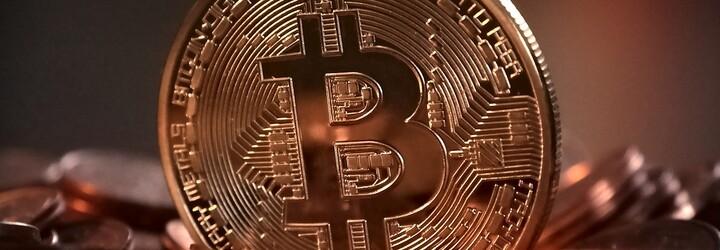 Celé dni sedel za počítačom, tak v roku 2012 kúpil Bitcoin. Dnes je z neho milionár, ktorý poukazuje aj na negatívnu stránku kryptomien