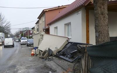 Šel vynést odpadky a domů už se nikdy nevrátil. Na muže v Praze spadla zeď a zabila ho.