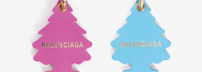 Balenciaga čelí obvinění z porušení autorských práv kvůli přívěsku napodobujícímu osvěžovač vzduchu