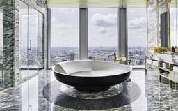 Bangkok odhaľuje jedno z najluxusnejších bývaní. Má vyše 200 metrov štvorcových a je v rezidenčnom komplexe Ritz-Carlton