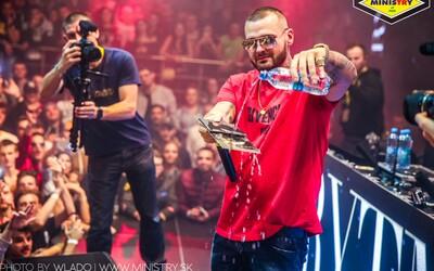 Banská Bystrica hostila premiérový Rytmusův křest nového alba. Sleduj fotoreport z vynikající show a přichystej se na další zastávky