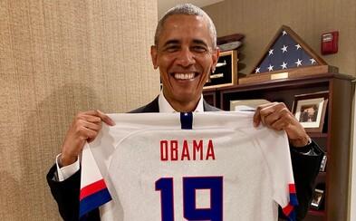 Barack Obama letos poslouchal Migos, Young Thuga a Travise Scotta. Podívej se na jeho výběr písní roku