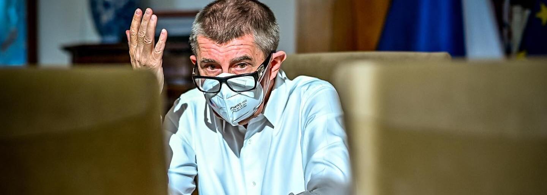 """Bartoš se pustil do Babiše kvůli dotacím pro Agrofert. """"Je to multikulturní promigrantský lhář a udavač,"""" odvětil premiér"""