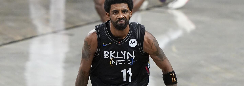 Basketbalista Kyrie Irving nemôže hrať ani trénovať, kým sa nedá zaočkovať. Klub zaujal razantné stanovisko