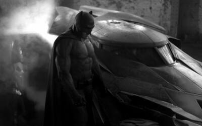 Batman a Batmobil z Man of Steel 2 sa odhaľujú v plnej kráse na prvých obrázkoch!
