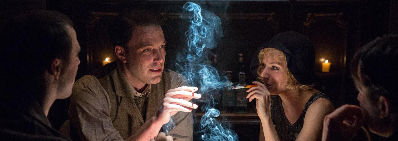 Ben Affleck je na nových obrázkoch z gangsterky Live by Night neohrozeným mafiánom