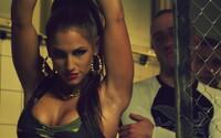 Ben Cristovao a Glowsticks ukazují svaly v klipu se slovenskou fitneskou Nikol Weiterovou