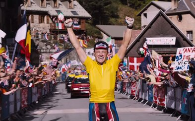 Ben Foster je dopingový kráľ Lance Armstrong v novom traileri pre snímku The Program