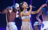 Benefiční koncert Ariany Grande se vyprodal za rekordních šest minut. V neděli na Old Trafford dorazí 50 tisíc návštěvníků