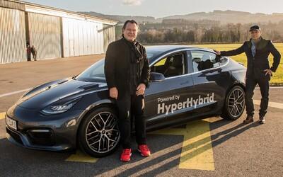 Benzínový Model 3 je na svete. Rakúska firma tvrdí, že spravili z Tesly lepšie auto