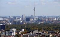 Berlíňané v referendu odhlasovali vyvlastnění bytů velkých firem