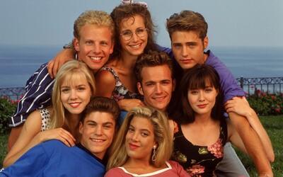 Beverly Hills 90210 sa vráti v 6-dielnom pokračovaní s pôvodnými hercami. Kedy sa dočkáme premiéry?