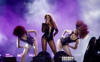 Beyoncé jej takmer ušla, Cristiano Ronaldo bol plachý chlapec. Eva sa na letisku v Bratislave stará o svetové hviezdy