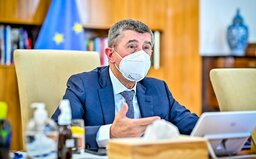 Bezmála 70 % Čechů a Češek nedůvěřuje Andreji Babišovi
