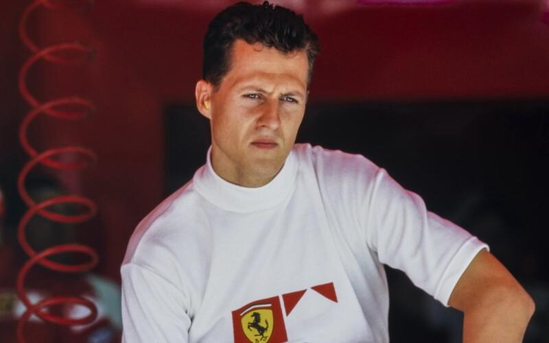Michael Schumacher před osudnou nehodou přemýšlel, že raději pojede do Dubaje, prozrazuje nový dokument.