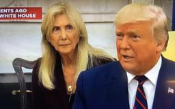 """Biely dom opäť perlil, Trumpov tlmočník nazval talianskeho prezidenta """"Mozzarellou"""""""