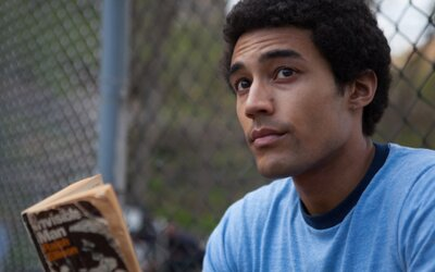 Biografická dráma Barry od Netflixu ponúka skromný, no emotívny náhľad na životný úsek mladého Baracka Obamu (Recenzia)