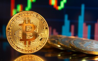 Bitcoin opäť prudko rastie, za 24 hodín stúpol o 12 %. Ovplyvnili to aj slová Elona Muska a šéfa Twitteru