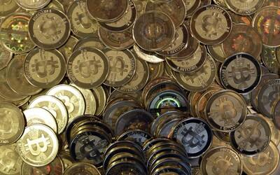 Bitcoin padl pod 40 000 dolarů a směřuje ještě níže. Hodnota kryptoměny klesla o téměř 40 %