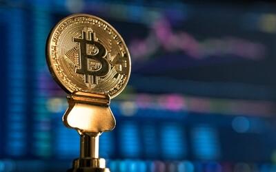 Bitcoin se vrátil nad hranici 50 tisíc dolarů