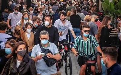 Blíží se další vlna koronaviru? Delta se vyskytla ve více než 100 zemích
