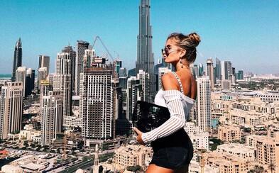 Blogerka s originálnym štýlom a dokonalou postavou valcuje Instagram. Spoznaj božskú Xeniu z neďalekého Hamburgu