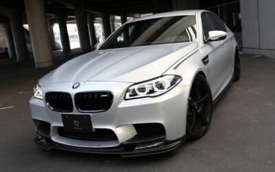 BMW M5 od 3D Design: Karbónový bodykit a 22'' disky