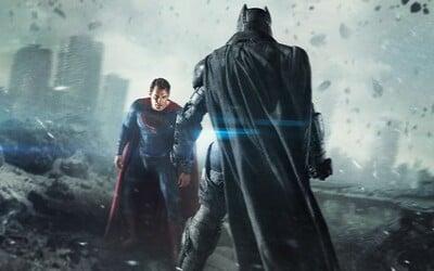 Boh verzus človek. Deň proti noci. Batman a Superman stoja proti sebe vo finálnom traileri