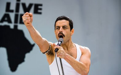 Bohemian Rhapsody zarobilo už viac ako pol miliardy dolárov a stáva sa najúspešnejšou hudobnou biografiou všetkých čias